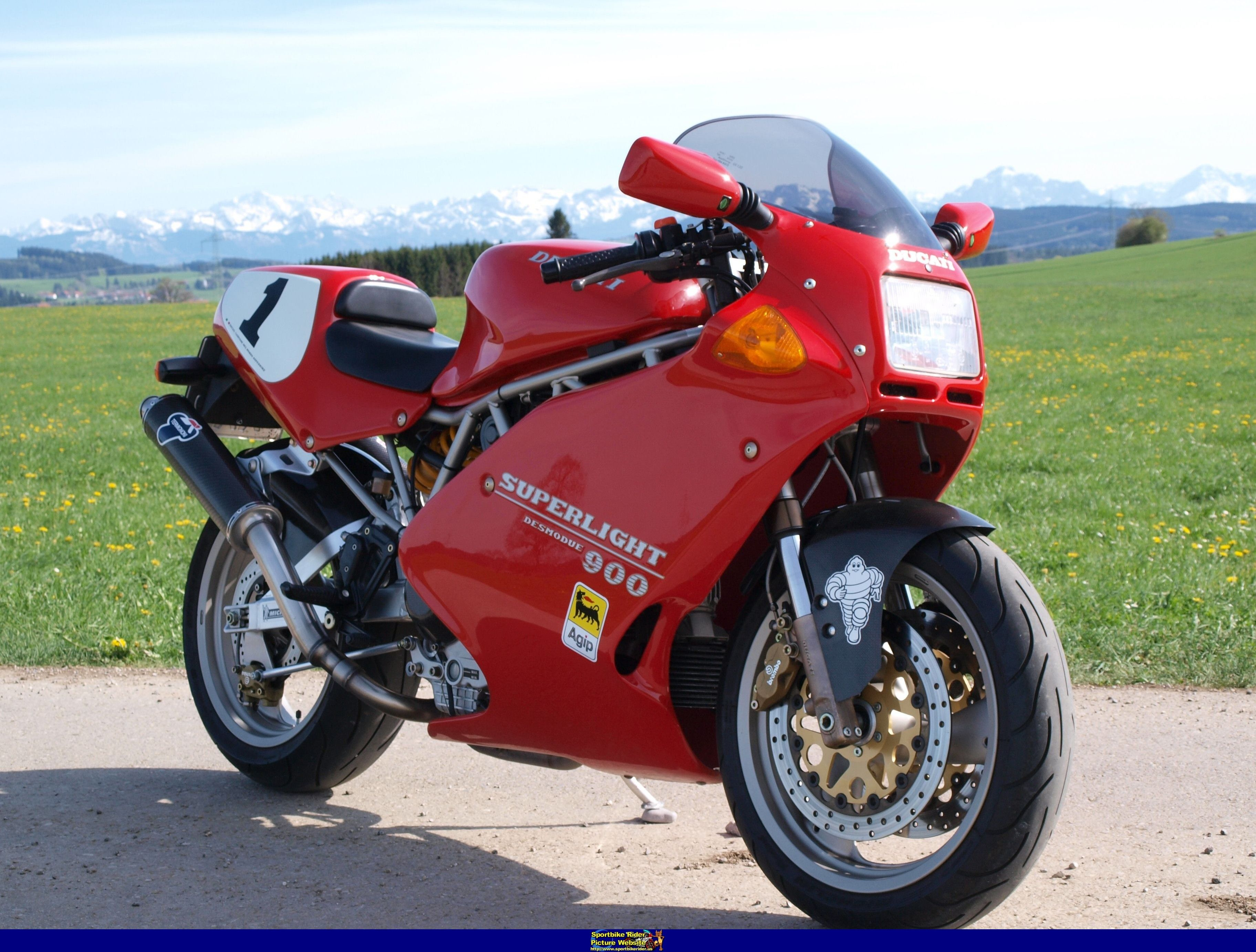Ducati Superlight 900 Desmodue