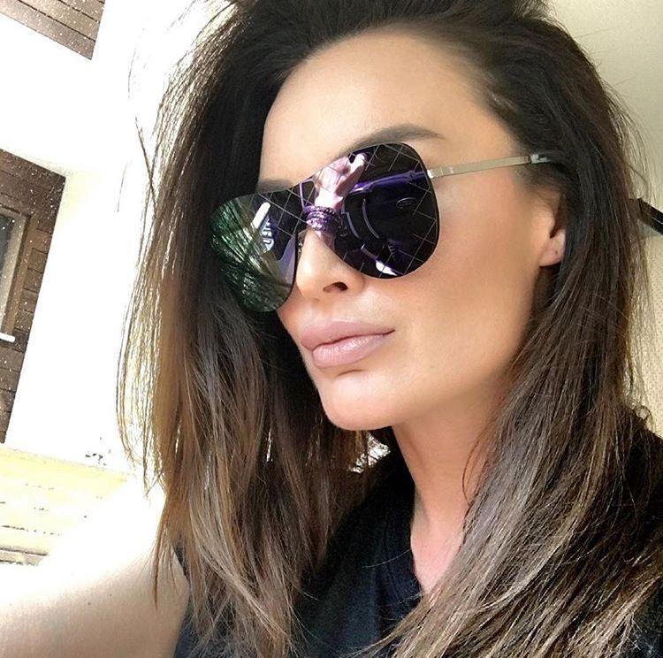 Fashion Rimless Sunglasses Women Vintage Oversize Sunglasses Luxury Brand  Designer Men Integrated Sun Glasses Shades UV400 2f8d57d047