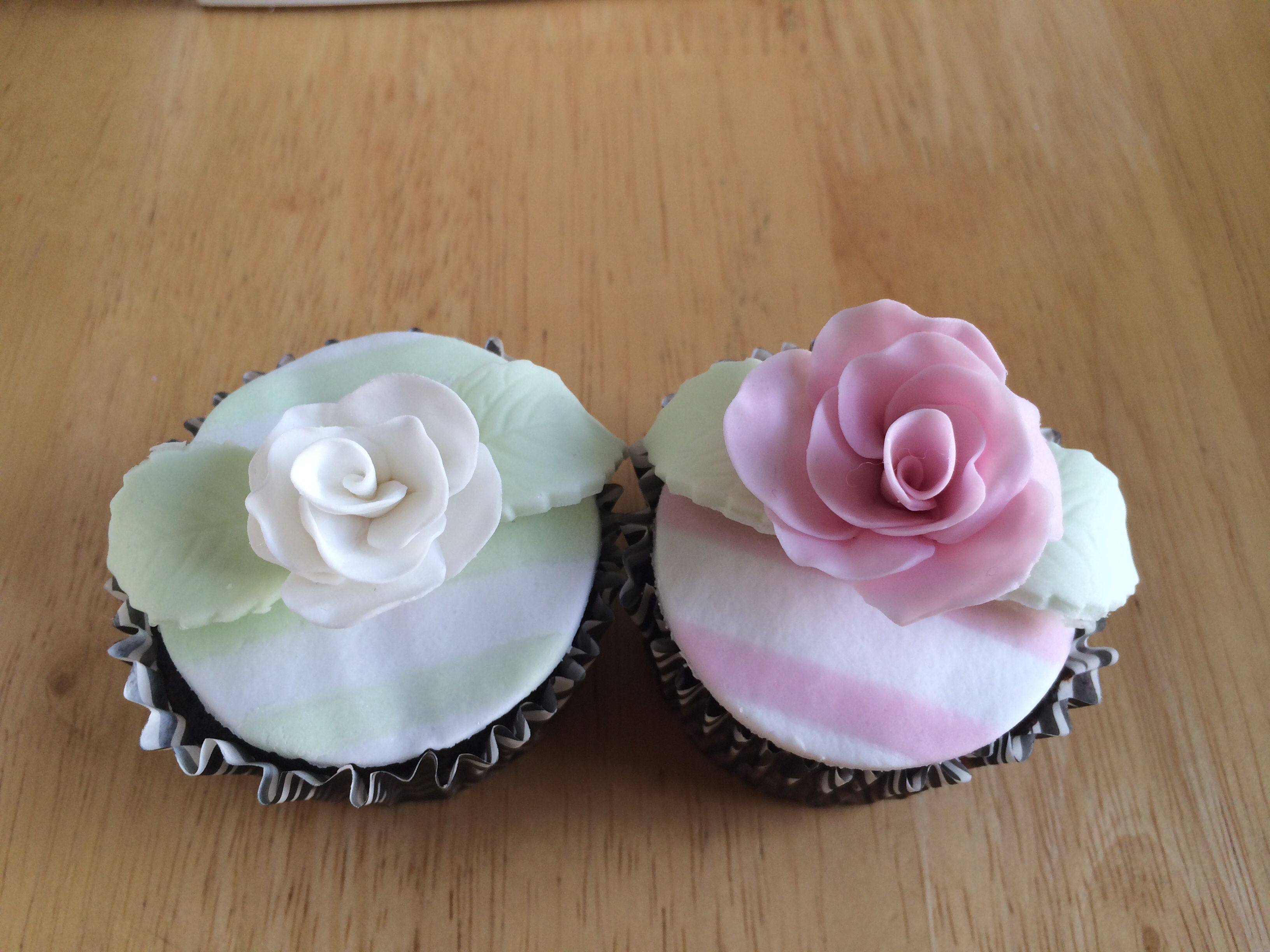 striped fondant with Mexican paste roses
