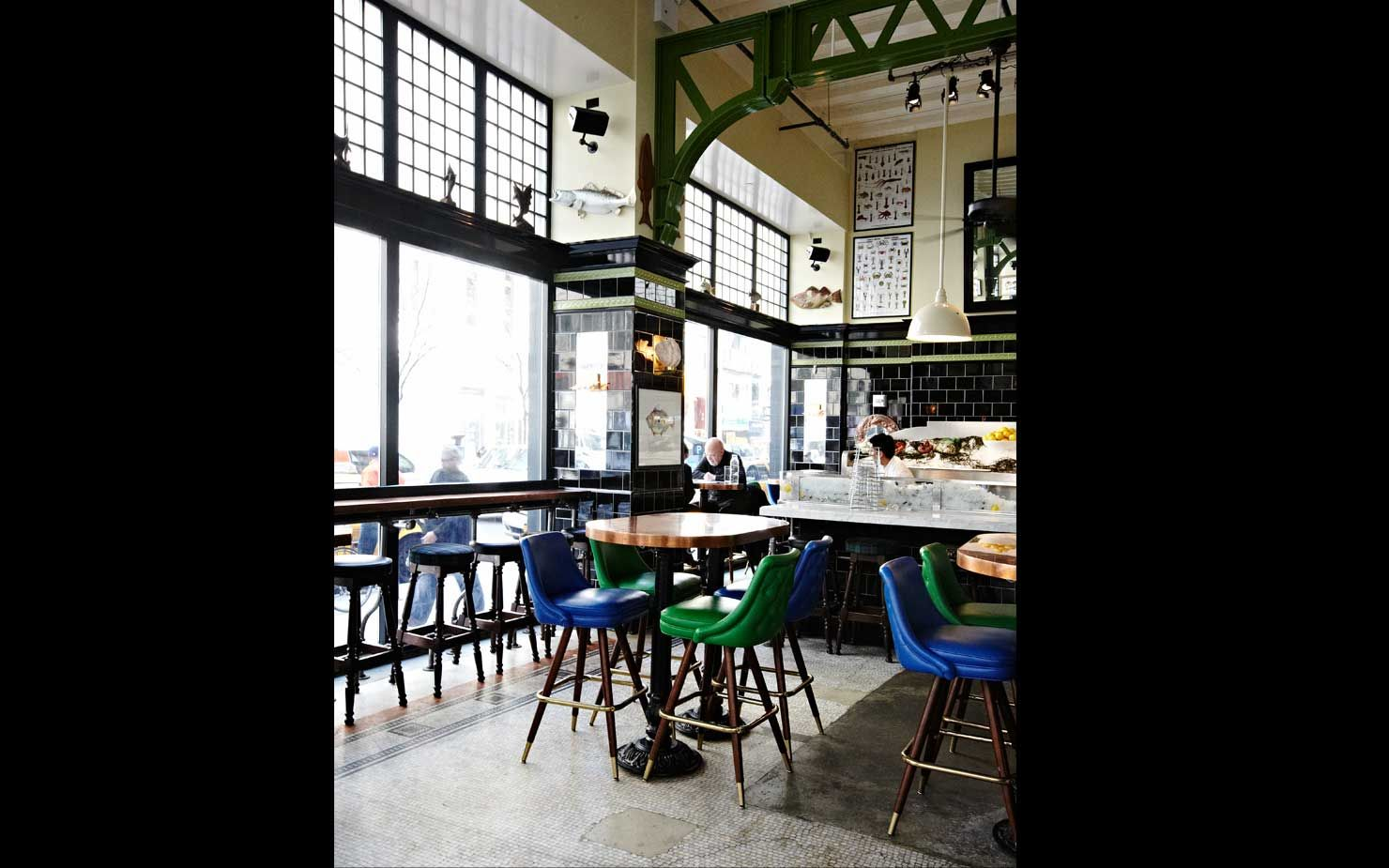 The Standard Ny Http Www Romanandwilliams Com Cafe Bar Interior Bar Interior Design Restaurant Bar Stools