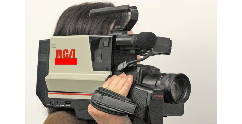 What Is This Vhs Camcorder These Bulky Heavy Devices Allowed Dads To Make Vhs Recordings Of His Kids Bi Videographer Wedding Videographer Most Viral Videos