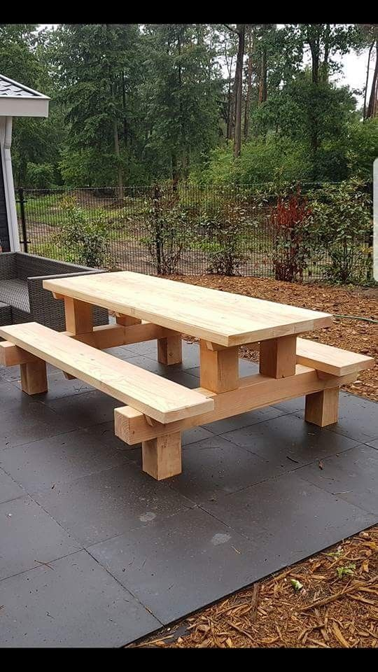 Cool picnic table made with posts - #bank #COOL #Picnic ...