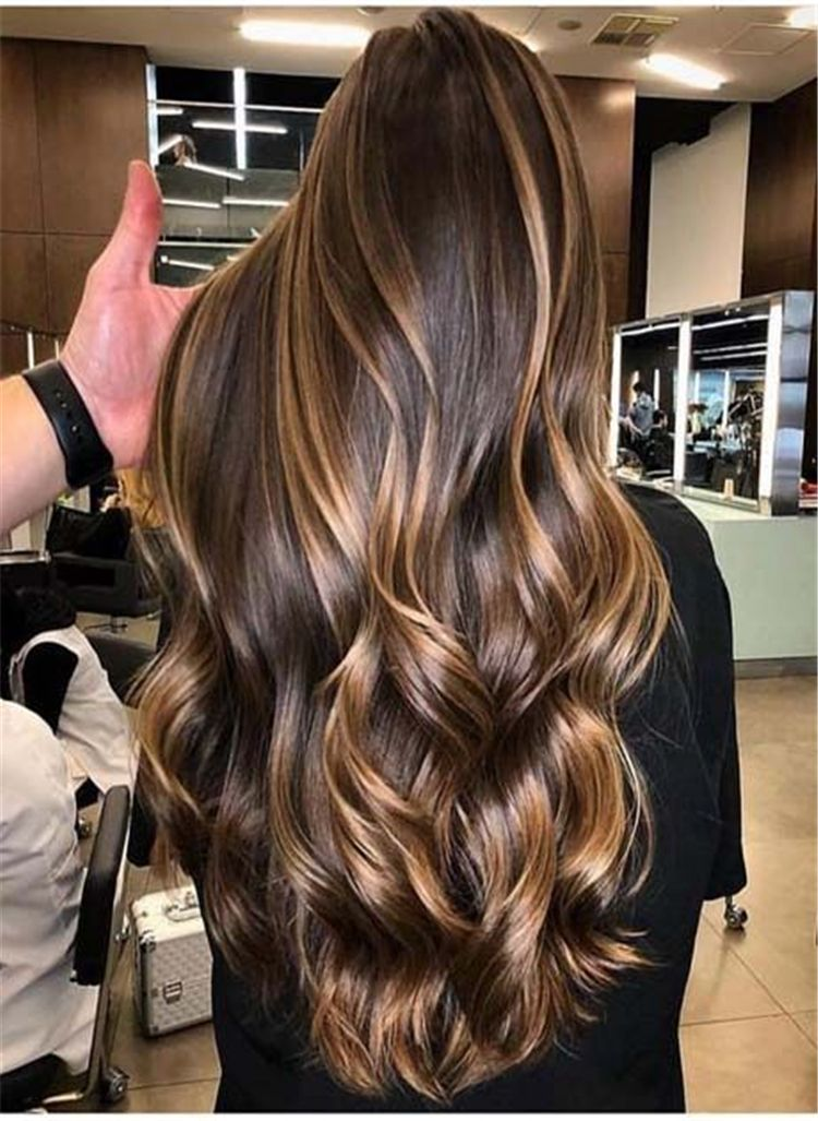 Brunette Brown Hair With Caramel Highlights Ideas For Winter Caramel Highlight Caramel Highlight Hair Color Long Hair Styles Hair Styles Beautiful Brown Hair
