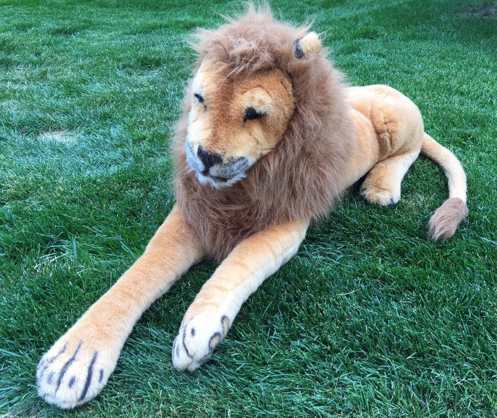 Huge Melissa And Doug Lion Huggable Plush Stuffed Animal 76 Inches