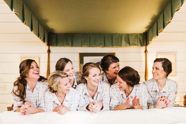 La novia y las damas de honor. No te pierdas una foto así.