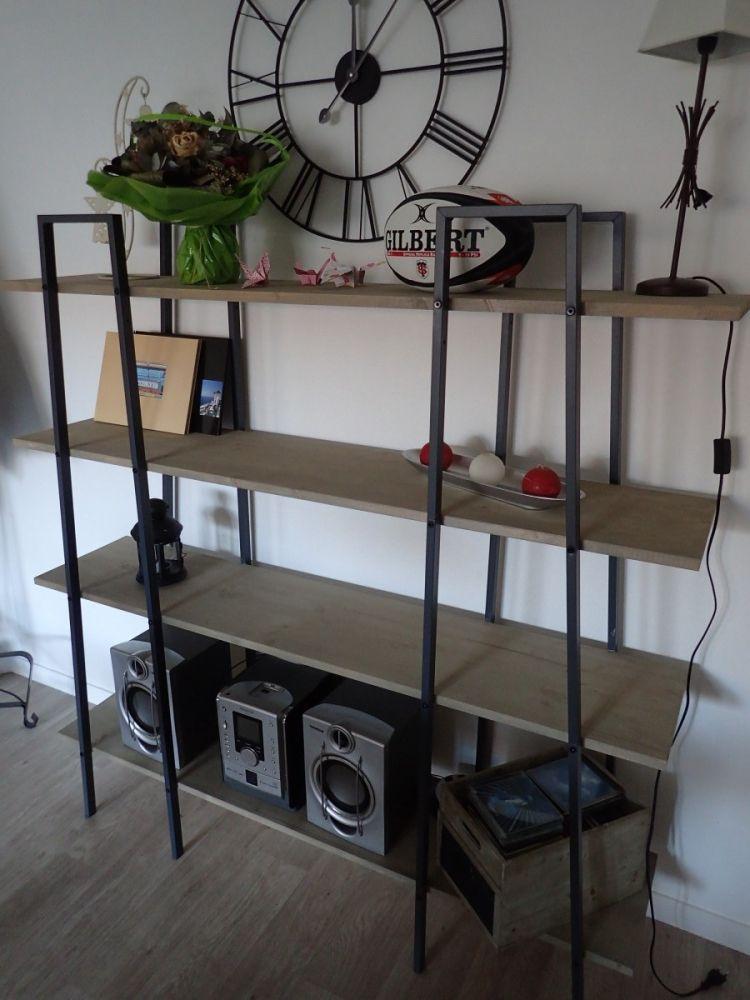 Fabriquer des étagères style industriel à partir d\'étagères Ikea Lerberg