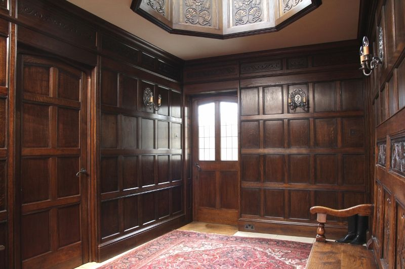17th century style oak panelling www.arttus | 17th century