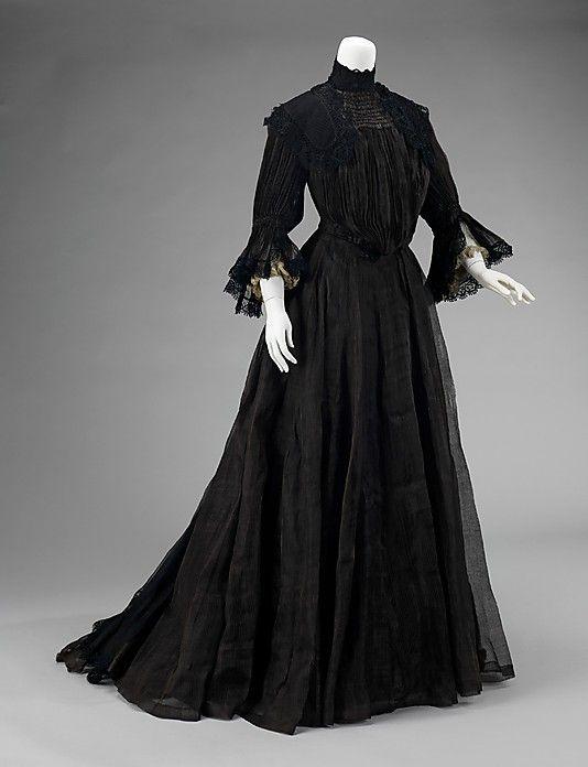 6bf87b8fd2 Mourning dress