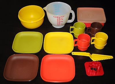Vintage Tupperware Toys Square PlatesCups u0026 More in Collectibles Kitchen u0026 Home & Vintage Tupperware Toys Square PlatesCups u0026 More in Collectibles ...