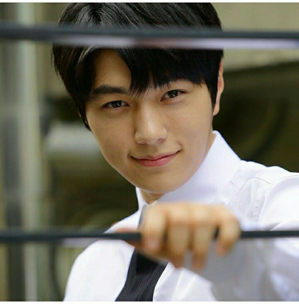 With love, BakSaks.com | Myungsoo, Kim myung soo, Kim