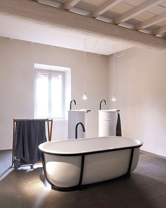New display at Agape HQ Mantova Italy. Agape Ottocento basin in charcoal  and white with