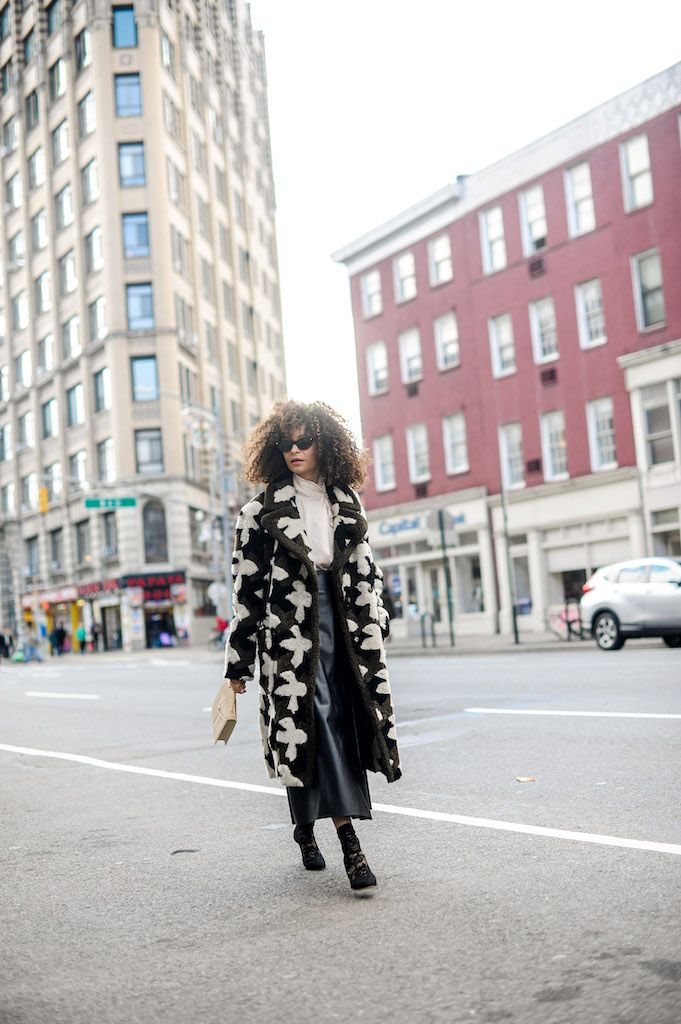 Things I'm Into Right Now! I've decided to start sharing a few of my favorite things here on the blog with you as a sort of digital diary and way to connect about what's going on in my life. #lifestyle #fashion #style