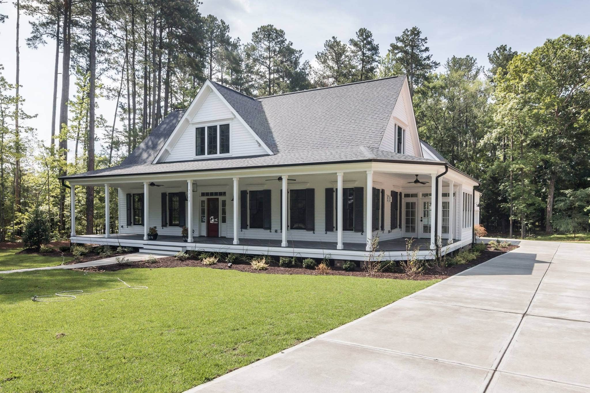 Dream home white farmhouse southern living and southern for New farmhouse style homes