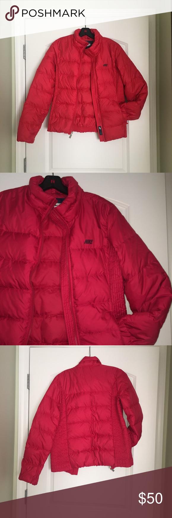 fae82d1a905b Nike Lightweight Bubble Puffer Coat Red Nike lightweight jacket. NWOT.  Never worn. Nike Jackets   Coats Puffers