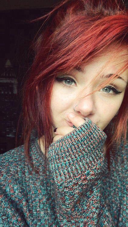 Nose piercing❤️ red hair, eye liner