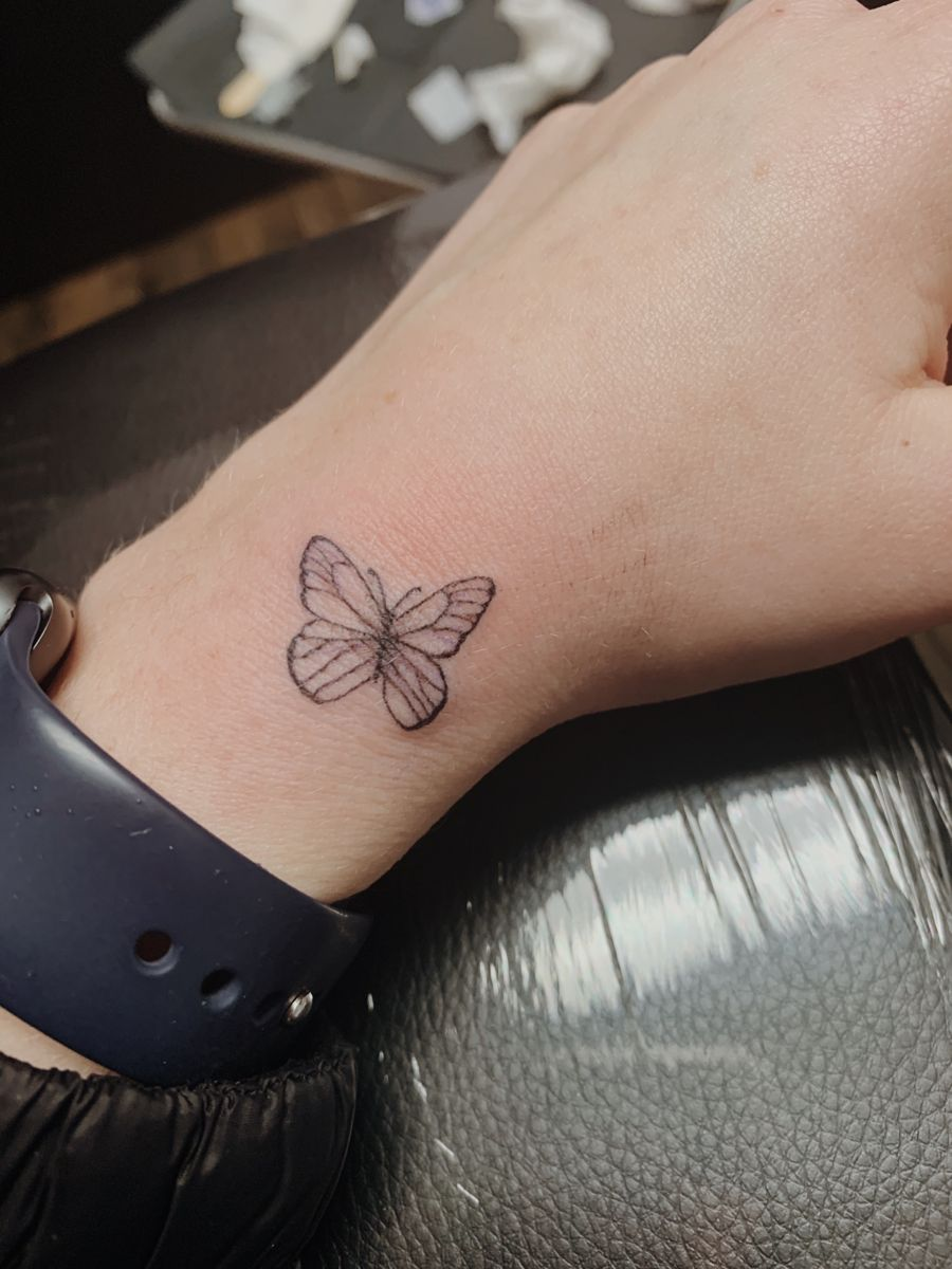 Simple Butterfly Tattoo In 2020 Simple Butterfly Tattoo Butterfly Tattoo Small Butterfly Tattoo
