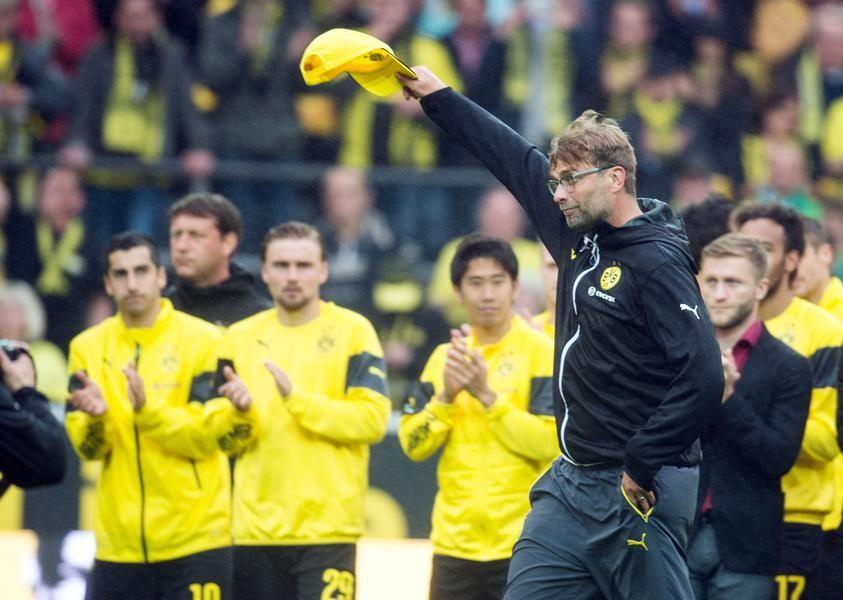 Jürgen Klopp verabschiedet sich von den BVB-Fans.