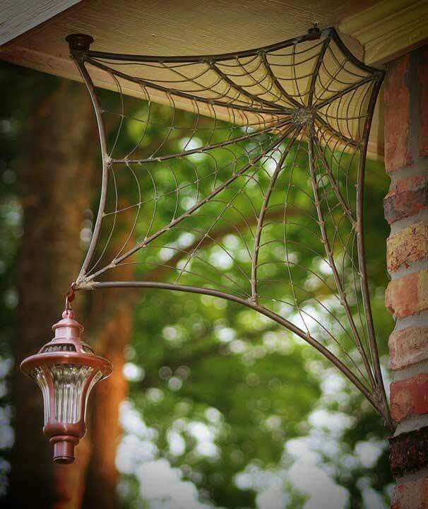 Spider Web welded lamp hanger