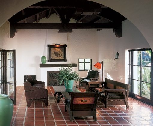 Diane Keatons 1926 Wallace Neff Residence In Beverly Hills