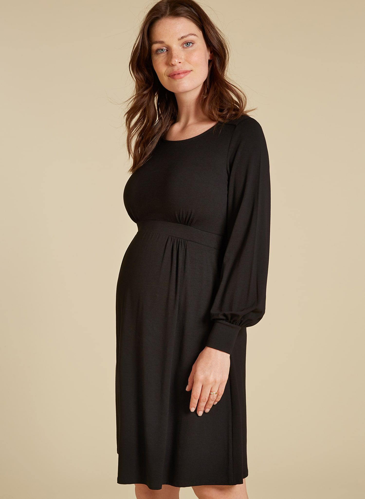 4e14463e61a32 Ginny Maternity Dress in 2019 | Pregnancy | Maternity dresses ...