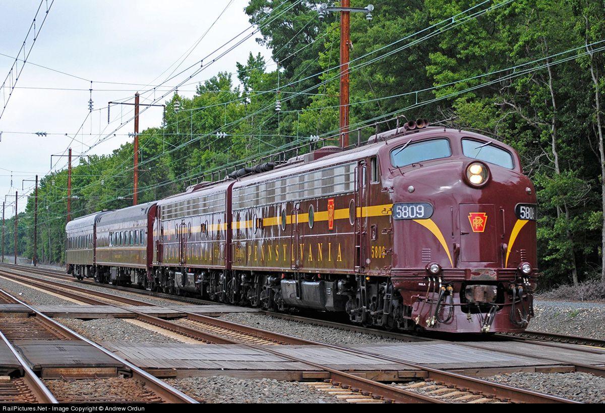 Railpictures net photo prr 5809 pennsylvania railroad emd for Railpictures