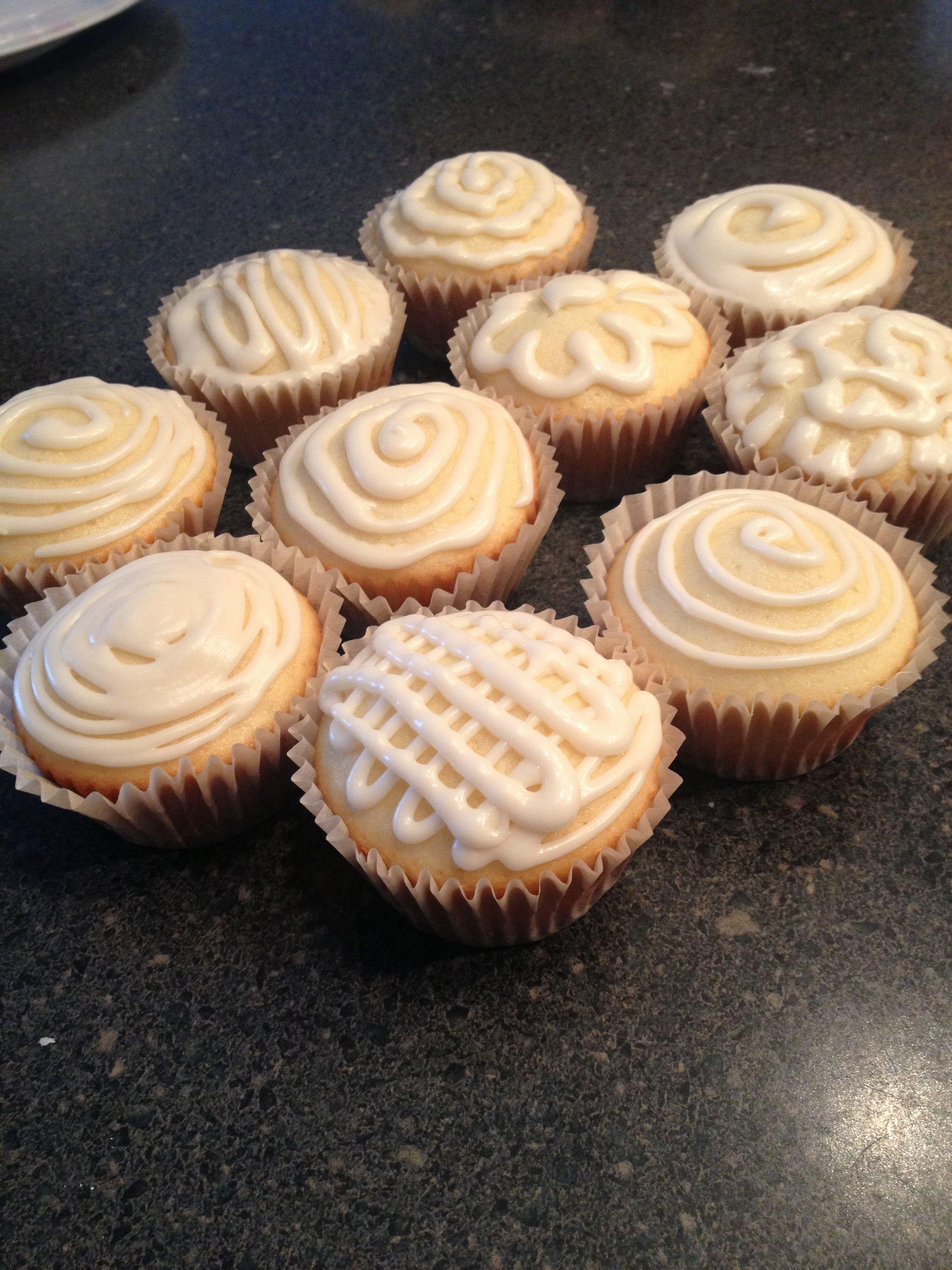 Vanilla cupcakes!