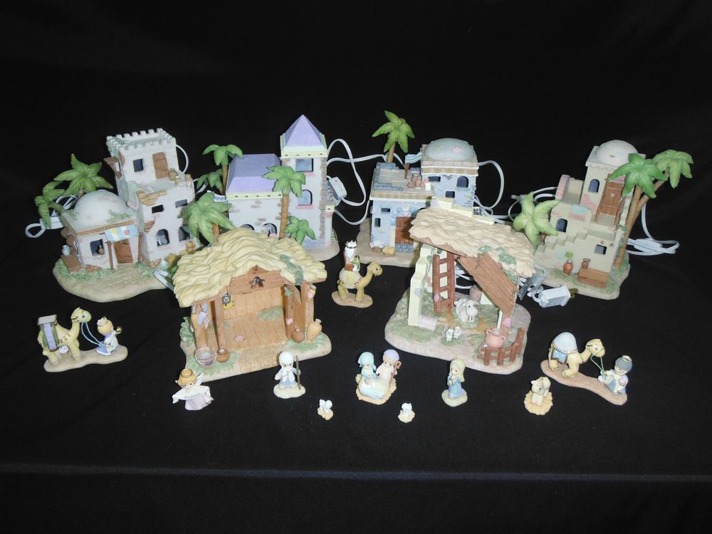 Set of 17 Hawthorne Village Precious Moments Nativity Buildings ...