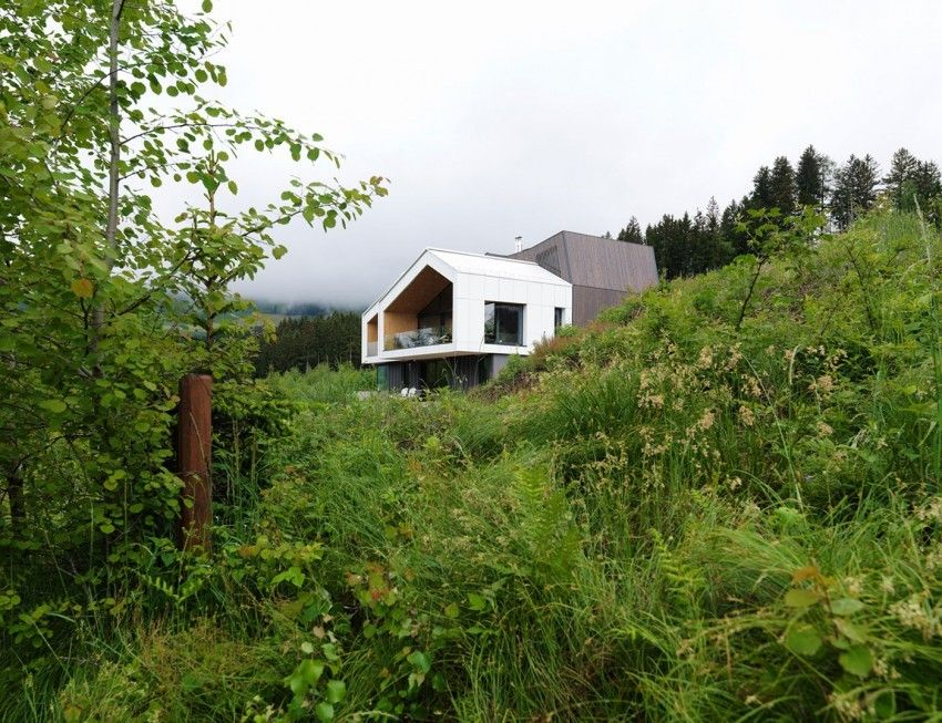 Remote Mountain View House Overlooking The Austrian Alps    Http://freshome.com