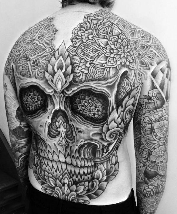 Big Skull Tattoo On Back For Men Tats