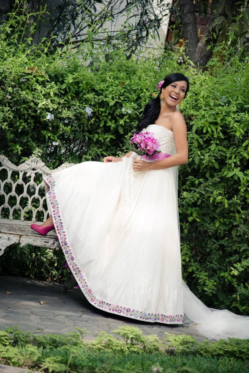 9ff1b4267 vestido-de-novia-con-bordados-peruanos | Looks | Vestidos de novia ...