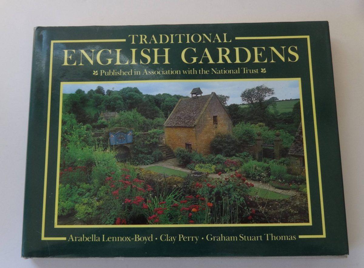 aa4c3d387c955166748ba31911614b9e - Gardens Of The National Trust Book