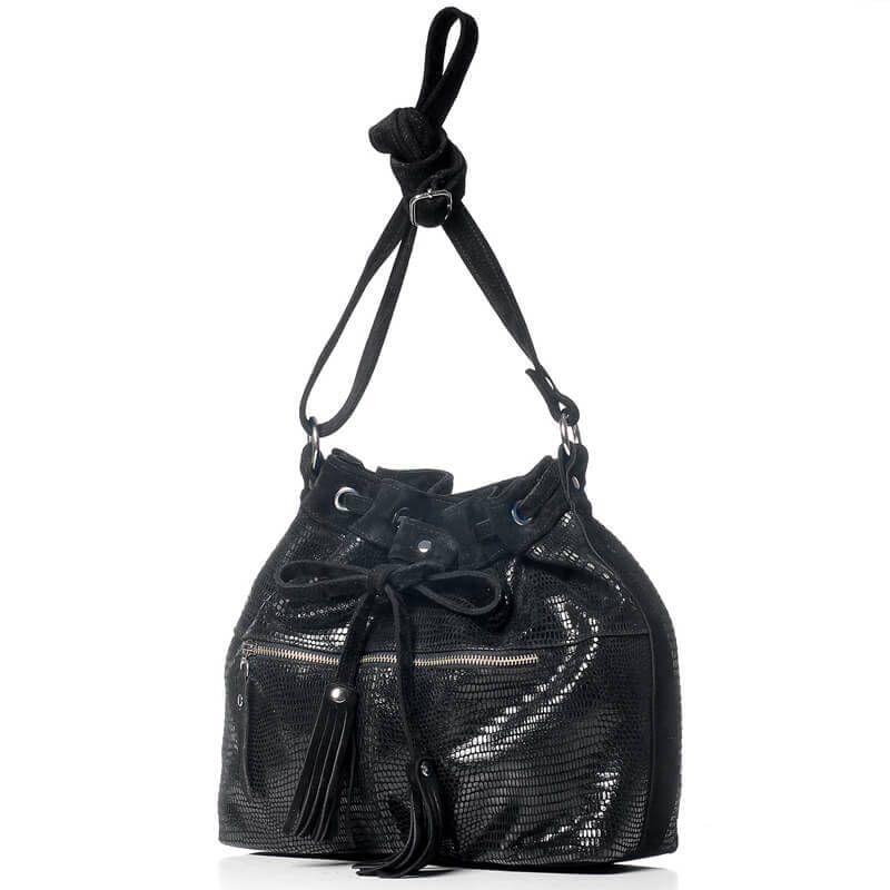 62d5b53f3 Cartera de Cuero negra con flecos tipo cocodrilo- Tilcara veski.cl leather  handbag cocodrile black