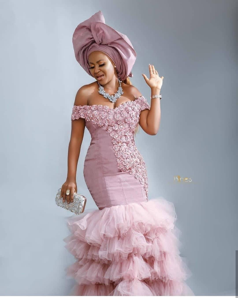 30 Stunning Aso Ebi Dress Styles For Church And Wedding 2020 In 2020 Aso Ebi Lace Styles Lace Gown Styles Lace Fashion
