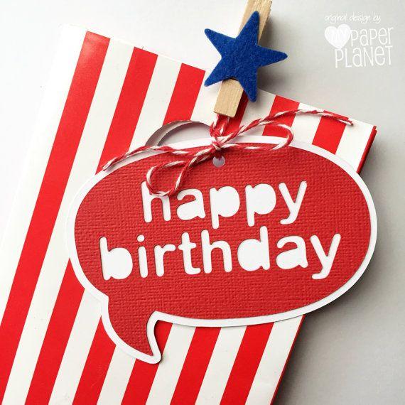 Tarjeta de feliz cumpleaños rojo y blanco. por MyPaperPlanet