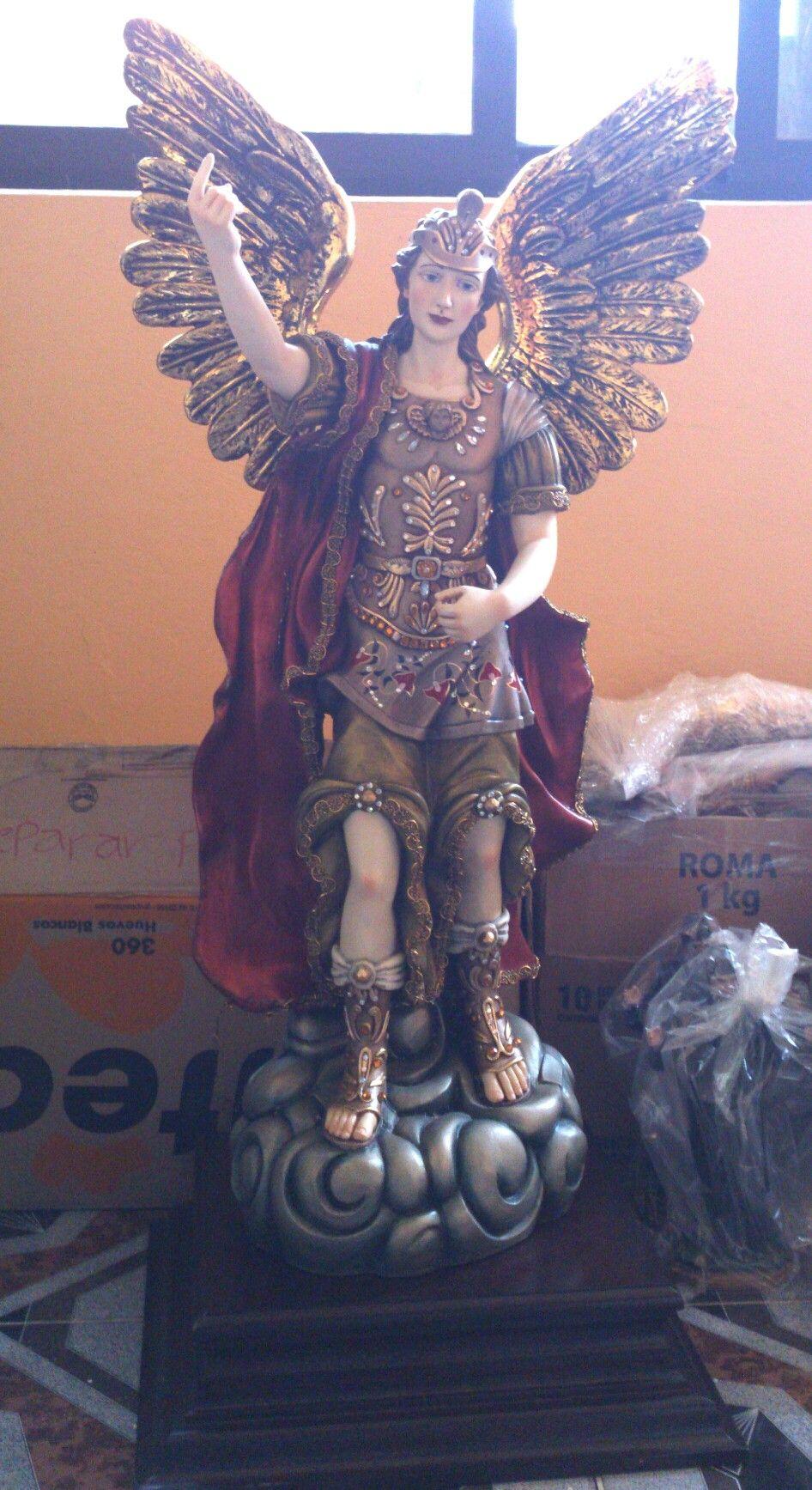 Arcangel Follando imagen de arcangel gabriel pintura y decorado especial (con