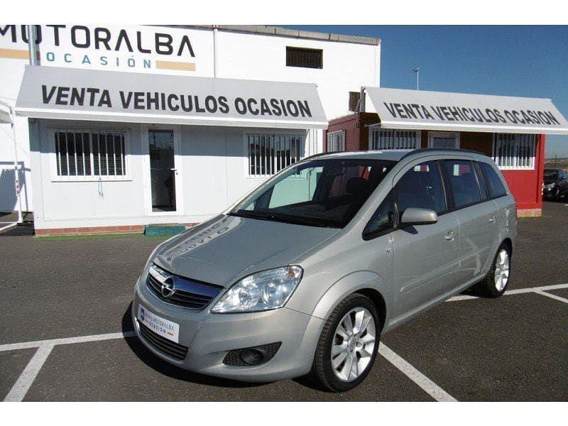 A Este Opel Zafira 1 9 Cdti 88kw 120 Cv Como Le Gustaria Dormir En Tu Garaje Le Haces Sitio Viene Con Preparacion Isofix Control De C Car Suv Van