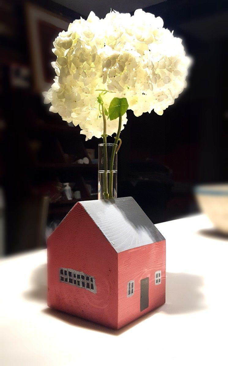 Little wooden house flower vase