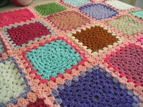 Manta de crochet de cuadrados medianos amigurumi - Cuadraditos de crochet ...