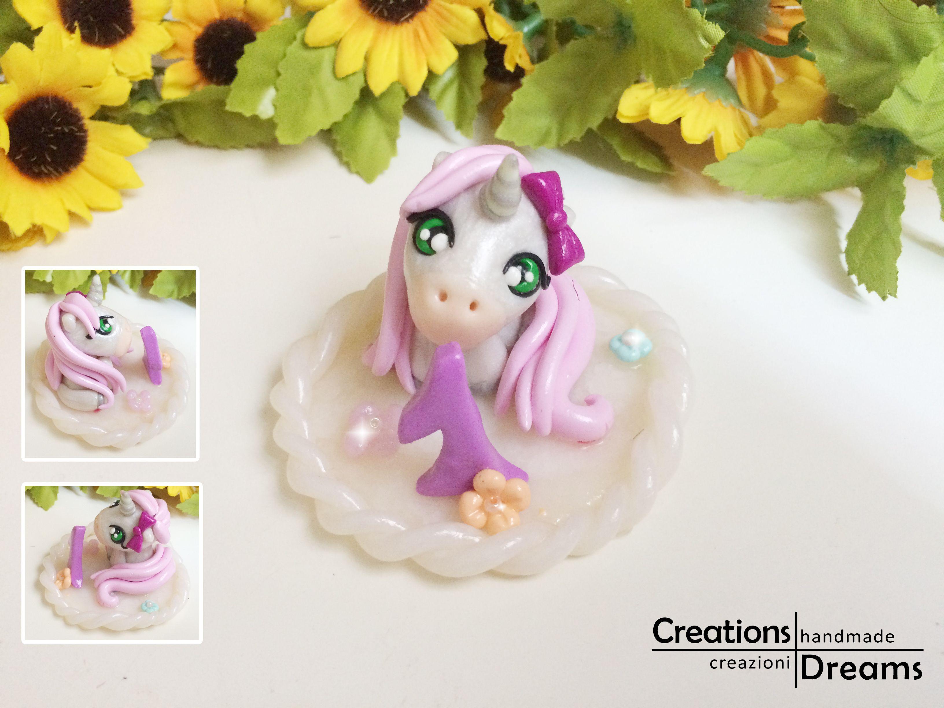 Cake topper in fimo, unicorn