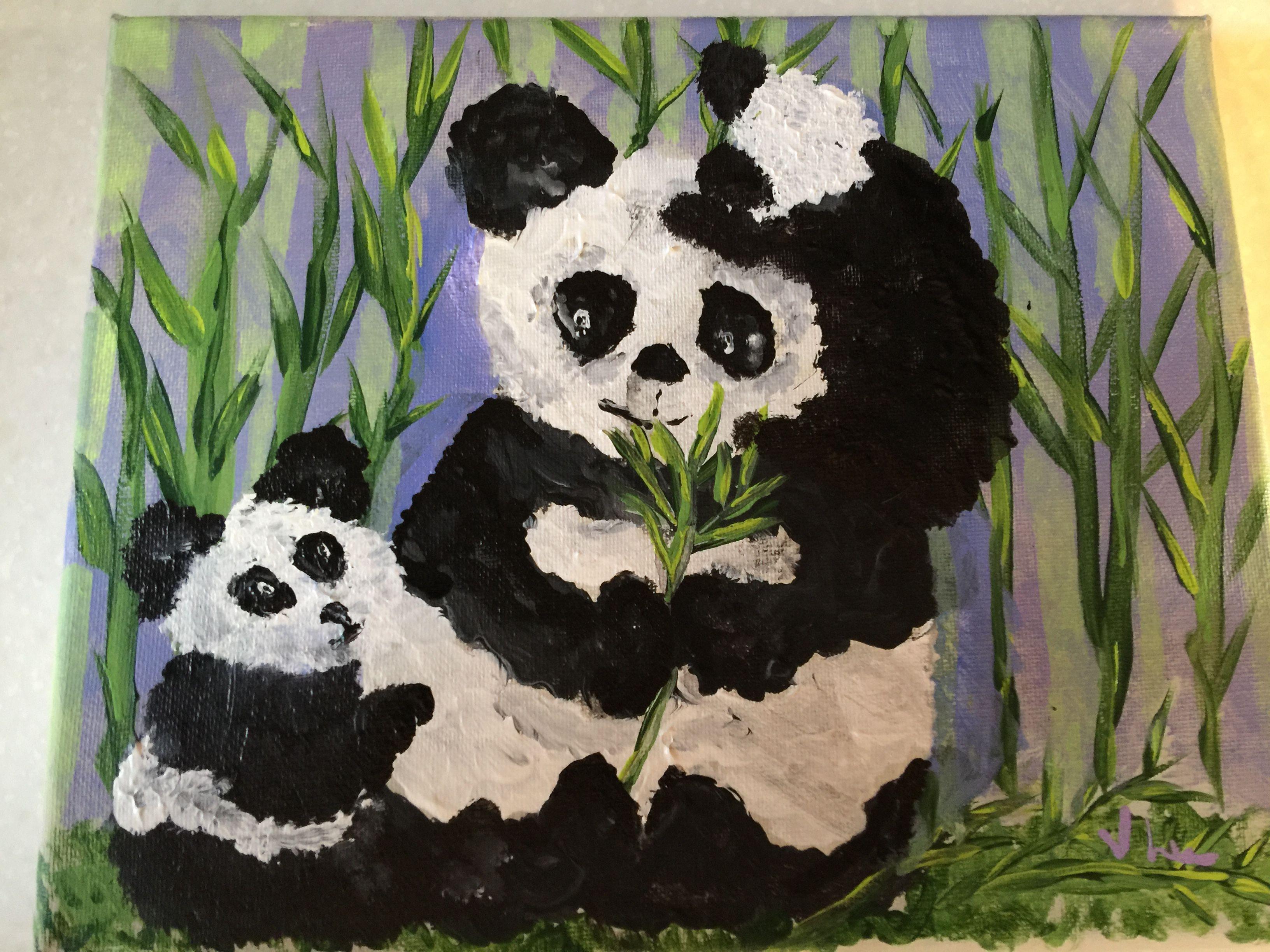 Mama panda and her babies