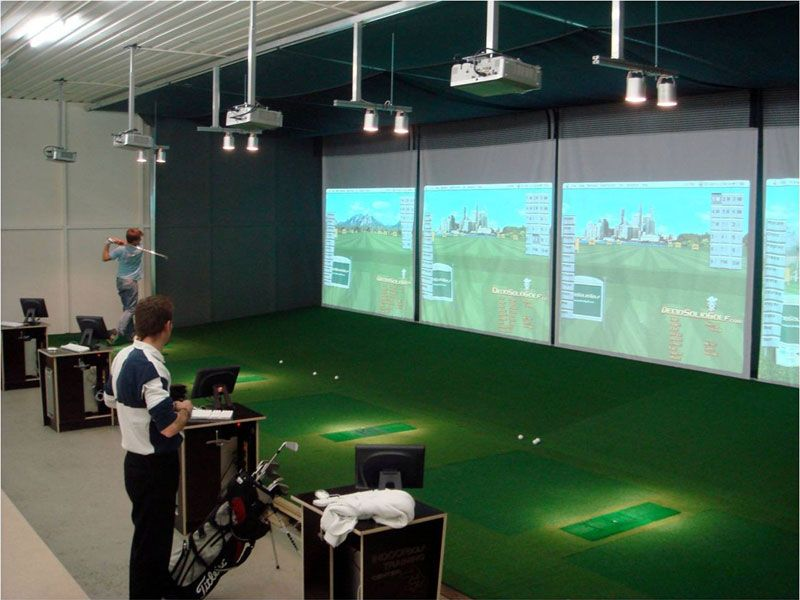 Indoor Golf Phoenix #19: Nice, But Would Want A Divider Between Bays