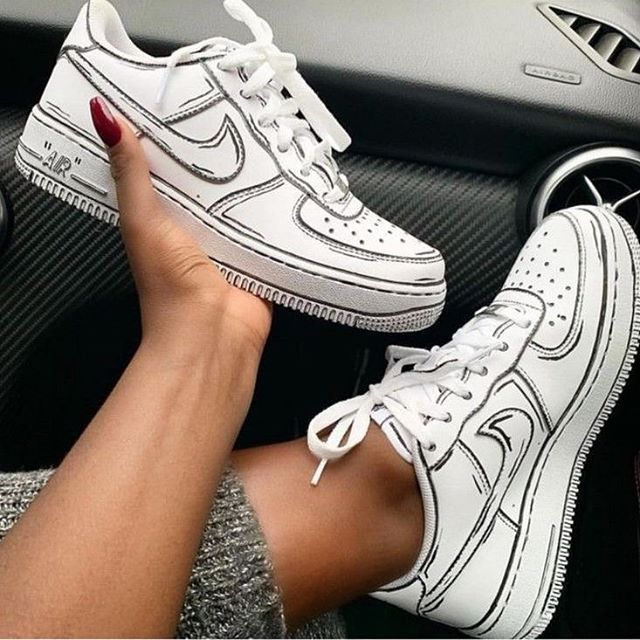 These Sneakers Are Really Awesome. LOVE IT!! in 2020 | Nike