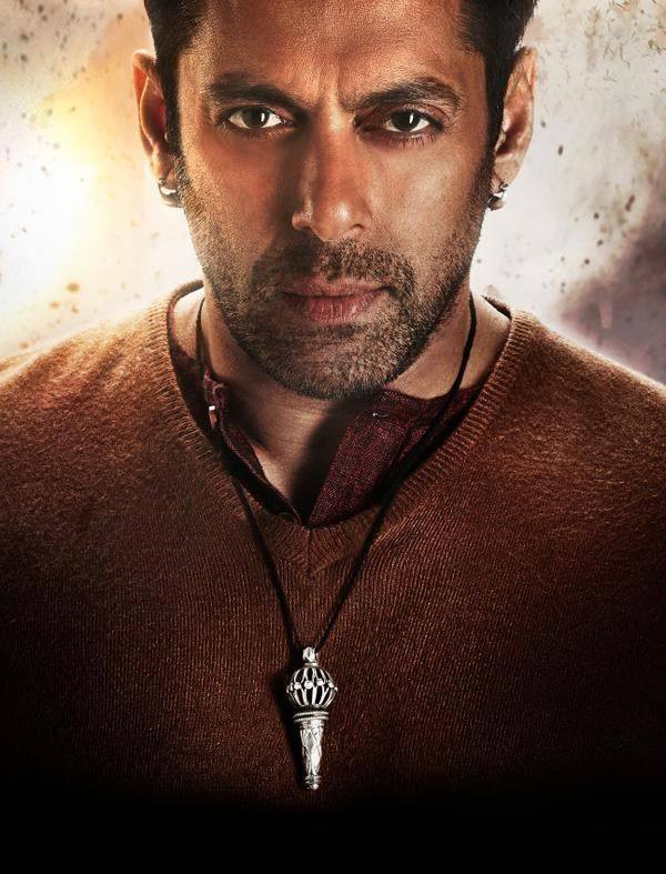Image result for bollywood male actors wearing neck chains 2017