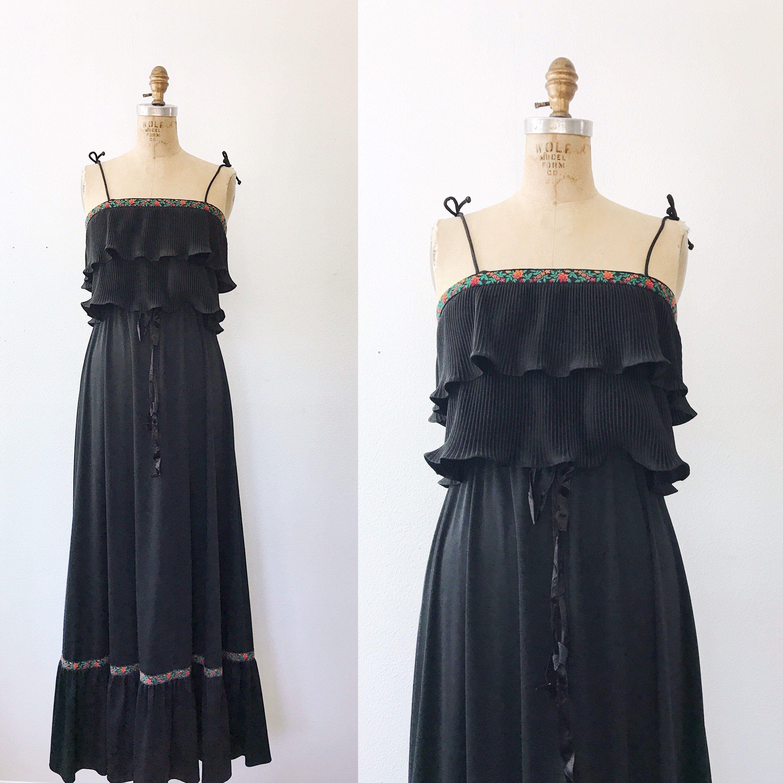 70s Maxi Dress Vintage Black Maxi Dress Juliet Ruffle Top Etsy 70s Maxi Dress Vintage Maxi Dress Ruffled Top Dress [ 3000 x 3000 Pixel ]