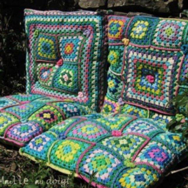 Love the idea of using Granny squares for comfy outdoor seating!