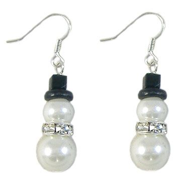 Gl Pearl Snowman Earrings Cute Since It S A Christmas Bizarre People Will Be Looking For Some Things Like These