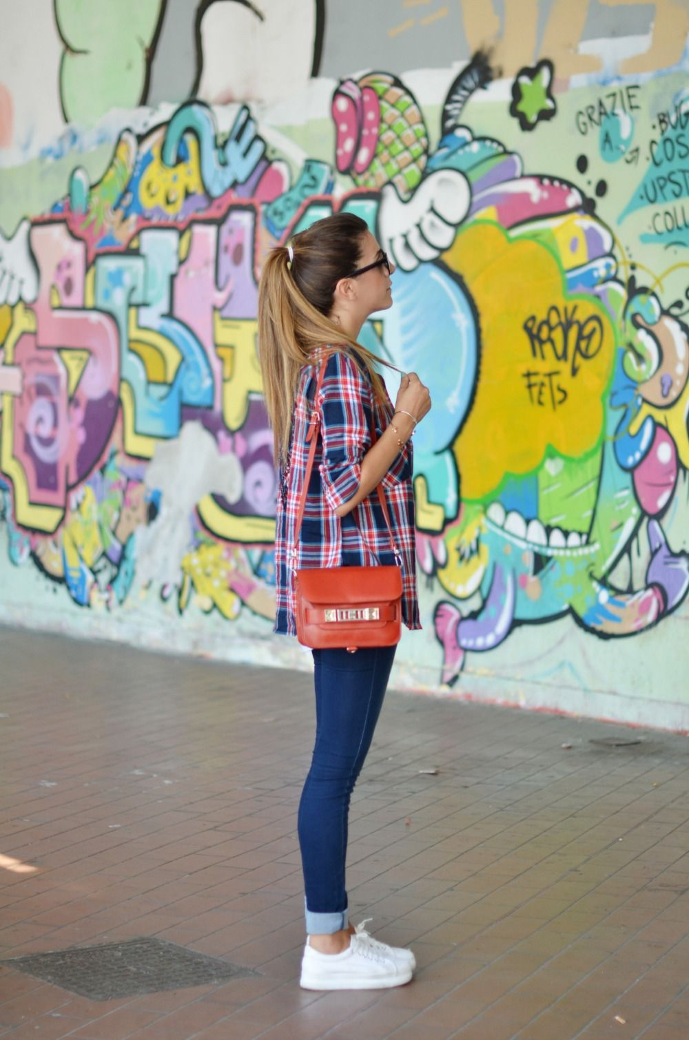 Flannel shirt trend  Sneaking the trend   STYLE  STREET LOOKS  Pinterest  Plaid