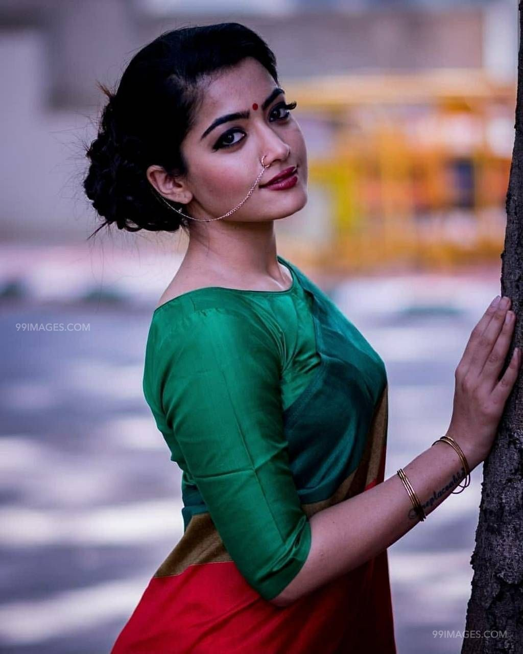 Rashmika Mandanna Beautiful Hd Photos Mobile Wallpapers Hd Android Iphone 1080p With Images Most Beautiful Indian Actress Beauty Images Celebrity Wallpapers