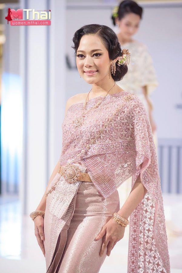 ว่าที่เจ้าสาวก็สามารถนำไปเป็นไอเดีย ในการเลือก ชุดไทยแต่งงาน รวมไป ...
