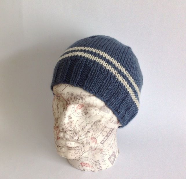 db5a31c41bc MENS luxury beanie hat . Cashmere